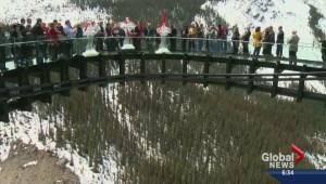 Glacier Skywalk opens