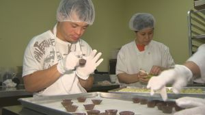 Woodbridge mom turns chocolate-making hobby into sweet solution