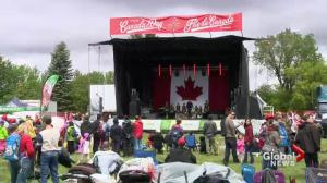Rainy weather fails to dampen Canada Day celebrations in Saskatoon