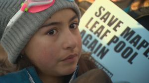 Regina residents protest closure of Maple Leaf Pool