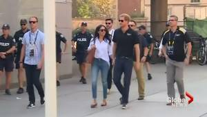 Prince Harry spotted with girlfriend Meghan Markle at Invictus Games (01:22)