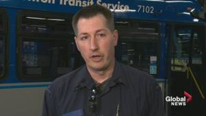 Edmonton bus driver says helping elderly woman was a 'win win' (01:18)