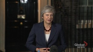 Theresa May announces her cabinet has reached a tentative agreement on #Brexit deal
