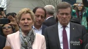 Toronto van attack: Kathleen Wynne, John Tory call memorial 'sobering, sombre'