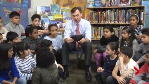 Bill Morneau gets new shoes before 2018 federal budget announcement