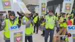 Crossing guards protest work conditions in Montreal