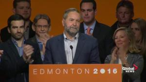 Mulcair says he'll stay on as NDP leader until replacement is elected