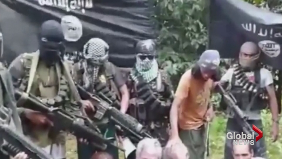 Canadian Robert Hall executed by Abu Sayyaf after ransom deadline expires