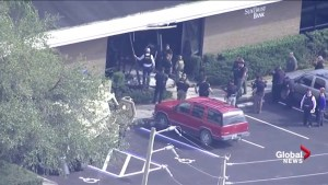 Police, paramedics enter SunTrust bank in Sebring, FL after shots fired