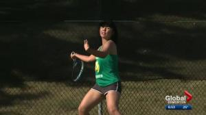 Ambidextrous Alberta Pandas tennis player impresses on the court