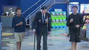 Calgary veteran who survived Dunkirk causes a stir at movie premiere