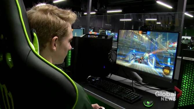 Scholarship money on the line as Durham College hosts eSports tournament
