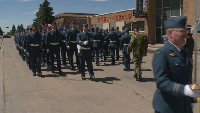 cfb 15 wing moose jaw celebrates freedom of the city