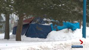 Vulnerable Edmontonians do what they can to survive the cold