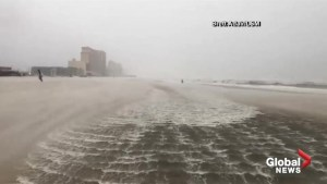 Pounding waves, surf as Tropical Storm Gordon makes landfall in Alabama