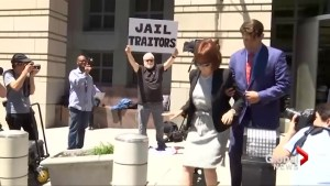 Crowd asks Manafort's wife if she will visit him in prison