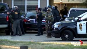 Police standoff continues in Sacramento, CA