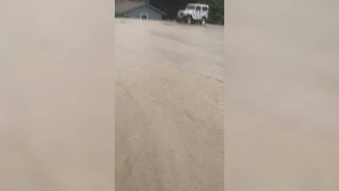 Water main break in Lake Country causes flooding, damage