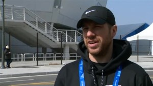 Team Canada's Derek Roy thankful for the support his team is receiving from fans