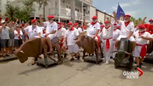 Hemingway look-alikes gather in Key West for annual contest