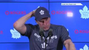 Maple Leafs' Mike Babcock emotionally reacts to Humboldt Broncos crash