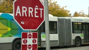 Parents worried about Pierrefonds intersection