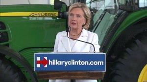 Hillary Clinton reacts to fatal shooting of Virginia reporter, cameraman