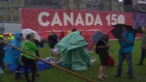 Protests ramp up on Parliament Hill ahead of Canada 150 party (01:53)
