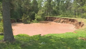 'Unpredictable' sinkhole in Oxford, N.S., continues to grow, reaches pavement