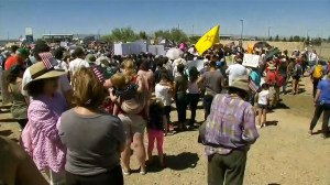 Protest at U.S. border processing centre over child separations