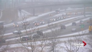 Snowfall makes for slow Thursday commute for Calgary drivers