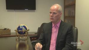 Oshawa's mayor reacts to GM's plant transition (02:26)
