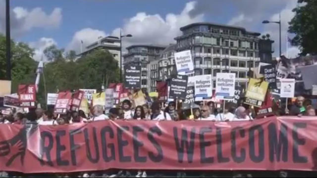 Germany's migrants: Seehofer 'offers to resign' over migrants