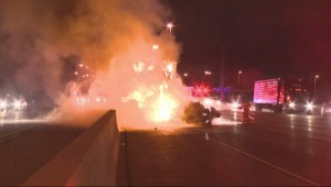 Crash closes eastbound express lanes on Hwy 401 at Morningside