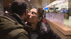 RAW: Syrian refugees arrive in Calgary