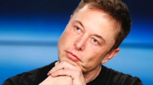 Elon Musk gives up Tesla chairman role in SEC settlement