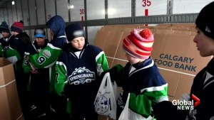 Alberta pewee hockey team reaches Top 10 in Good Deeds Cup