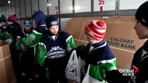 Alberta pewee hockey team reaches Top 10 in Good Deeds Cup