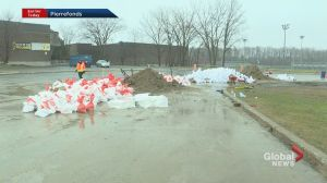 Sandbag filling at Pierrefonds Comprehensive High School