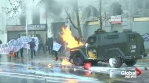 Police and protesters clash at Chile demonstration