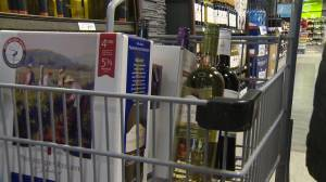Brazen thefts at Winnipeg liquor stores continue