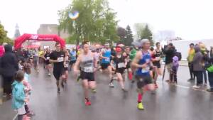 Rain can't dampen Beat Beethoven Run in Kingston