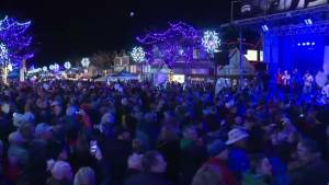 30th annual Summerland Festival of Lights (00:28)