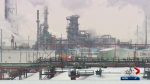 Calgary energy expert explains impact of refinery capacity on gas price