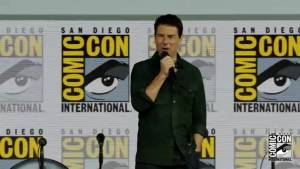 Tom Cruise tells Comic-Con audience: I had a responsibility to make a Top Gun sequel