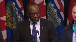 Alberta government announces financial aid for wildfire evacuees