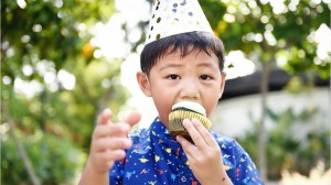 "Has your child attended a ""fiver"" birthday party?"