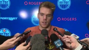 Connor McDavid reacts to tragic Humboldt Broncos bus crash, discusses life on the bus