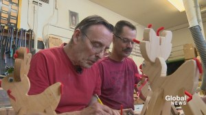 'They sell like hotcakes!': Calgary seniors' handmade reindeer a big hit with Christmas crowds