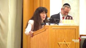 Daughter of synagogue shooting victim delivers passionately eulogizes mother